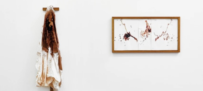 A arte visceral e mística de KarinLambrecht